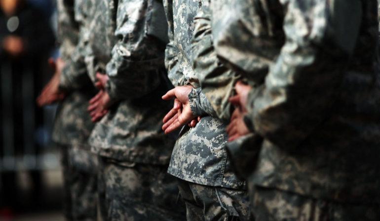 фото солдатів