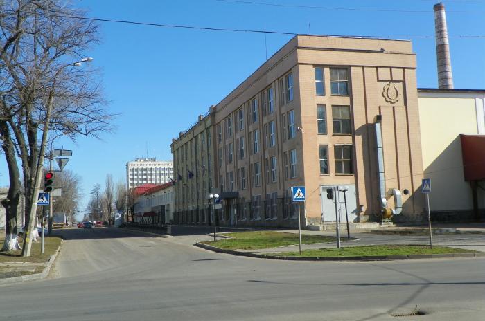 фото тютюнова фабрика Черкаси